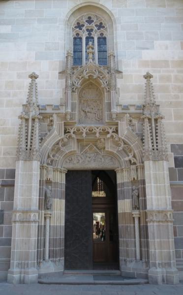 portale st. elisabetta.jpg