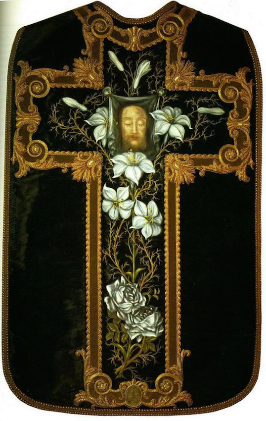 chasuble_by_Therese