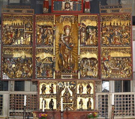 Marienaltar, Predella und Triptychon mit bekrönendem Aufsatz im Nonnenchor [1/8]